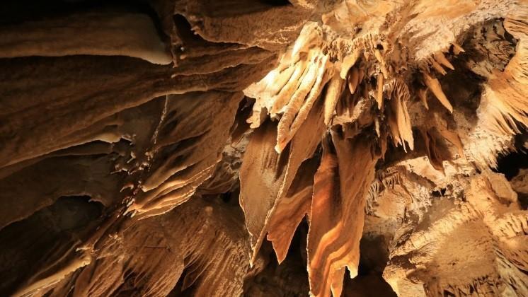 Kostanjeviška jama kapniki
